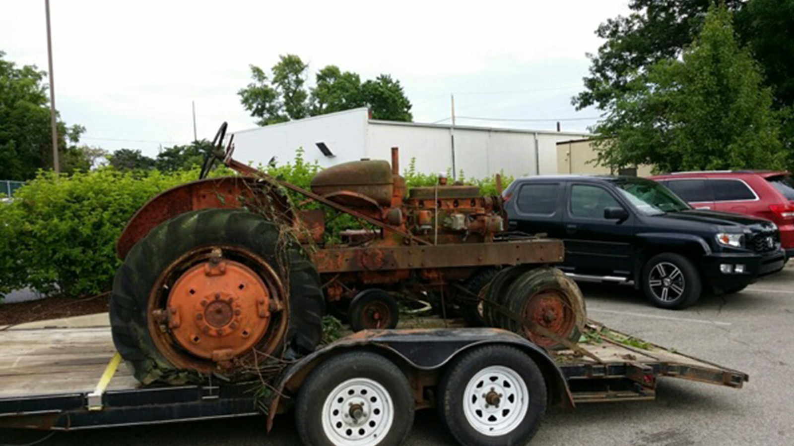 scrap_tractor